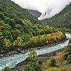 從然烏到察隅一百多公里都是沿著這清水河走,流過察隅到印度
