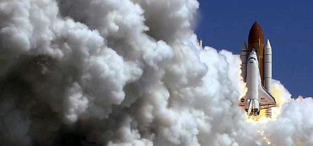 图文:美国发现号航天飞机发射成功