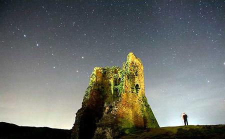 图文:绚美星空下的白俄罗斯中世纪城堡