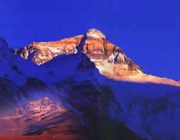科技时代_探险圣地评选:珠穆郎玛峰—世界之颠的守望