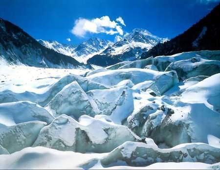 科技时代_探险圣地评选:海螺沟冰川-最易进入的低海拔冰川
