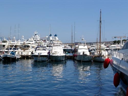摩纳哥海湾、游艇、美女