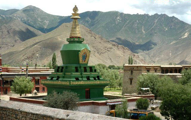 图片:西藏山南-桑耶寺四塔之 绿塔