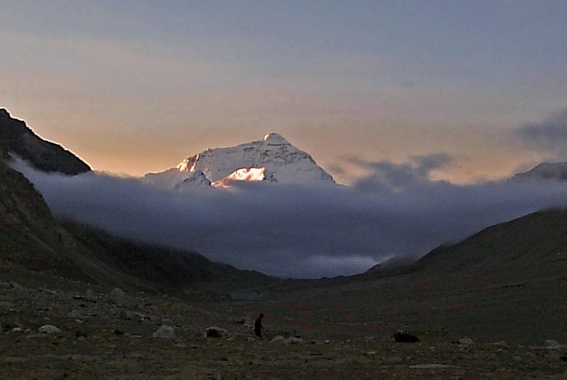 西藏图片: 珠穆朗玛峰 Mt-Everest