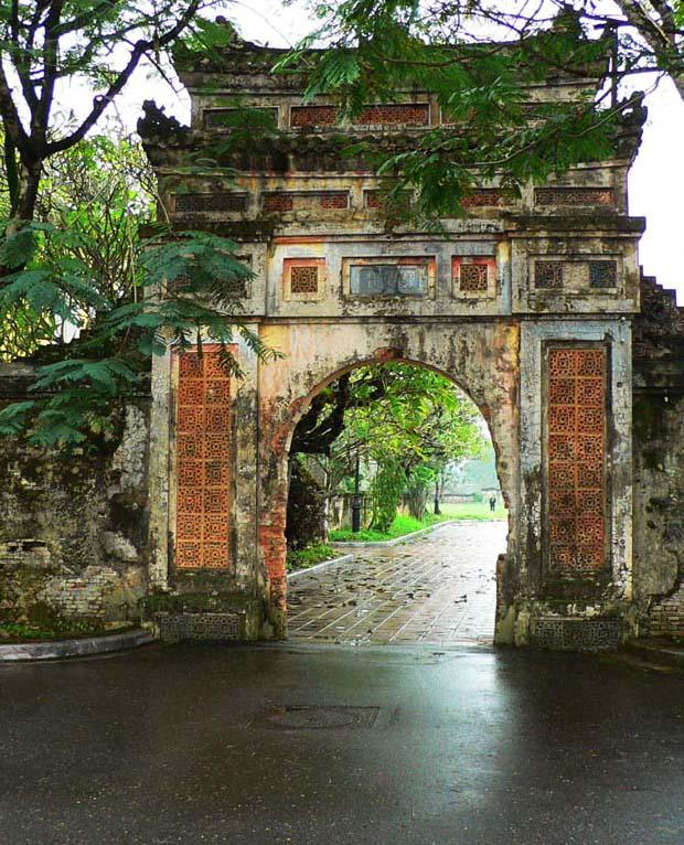 越南风光:古都顺化-Vietnam Hue (顺化古街门)