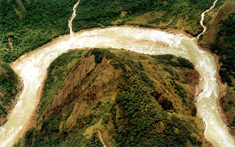 雅鲁藏布大峡谷标志点-扎曲大拐弯