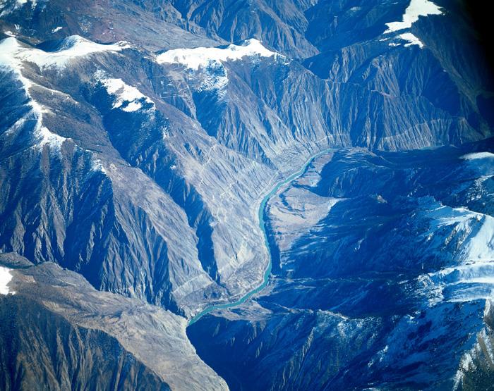 雅鲁藏布江大峡谷