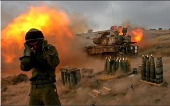 图文:以色列军队炮轰黎以边境