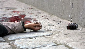 图文:一名死去的克什米尔武装嫌犯