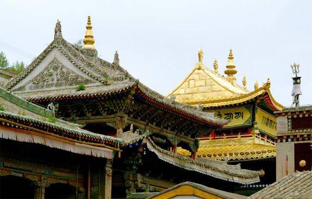 图片:青海著名景点-塔尔寺