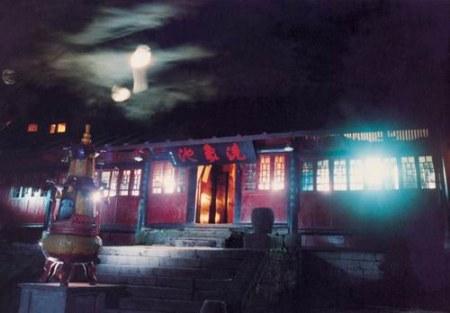 象池夜月_峨眉山10大景观