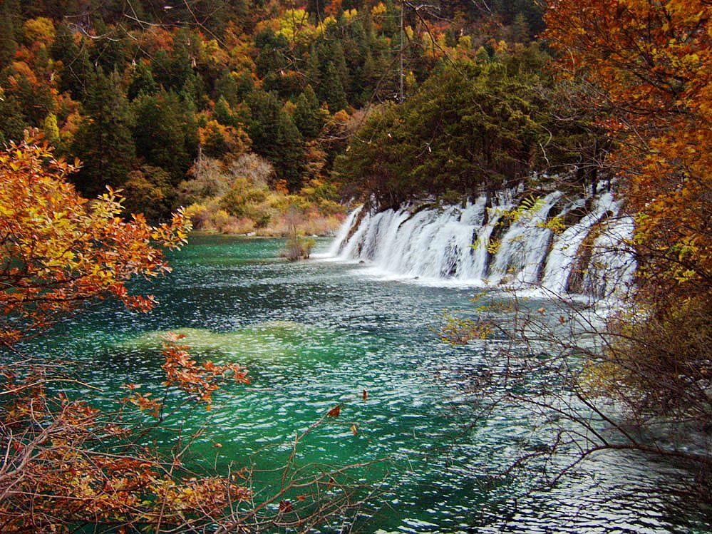 壁纸 风景 山水 摄影 桌面 999_749