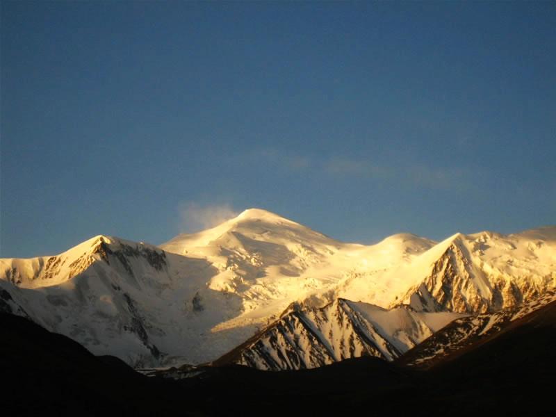 图片:青海-阿尼玛卿雪山