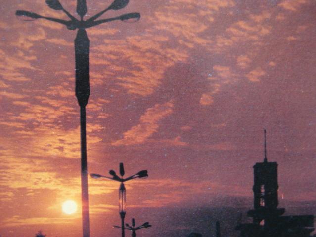 成都老照片-成都80年代的路灯