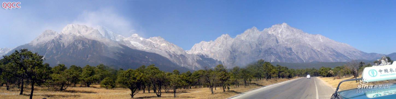 图片:丽江玉龙雪山全景图