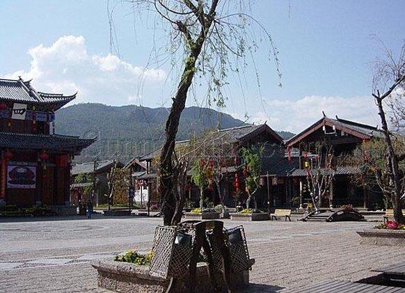 图片:丽江束河古镇