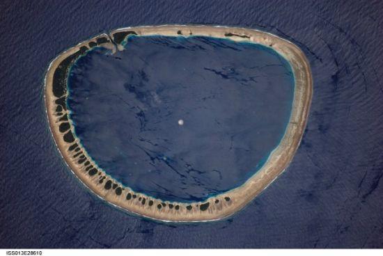 国际空间站十佳地球图片:环礁项圈