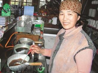 台湾美食图片:特色美食-姜汁撞奶