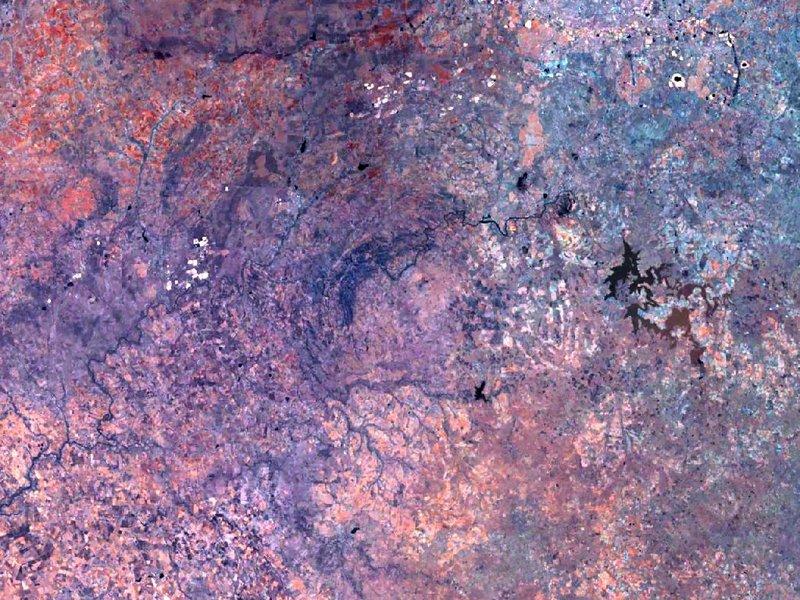 图片:位于南非的Vredefort 陨石坑