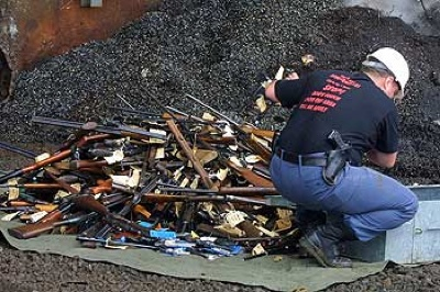 20060827-Firearms