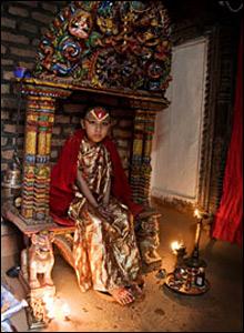 """尼泊尔小女神""""库玛丽"""