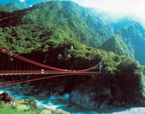 台湾旅游景点图片:花莲太鲁阁