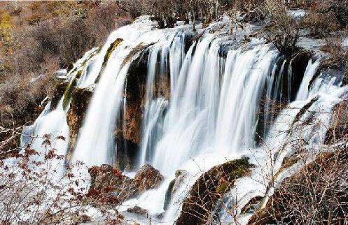 九寨沟冬季风景图片-树正瀑布