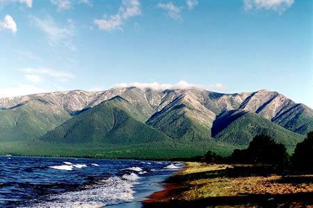 俄罗斯贝加尔湖:世界最深最古老湖