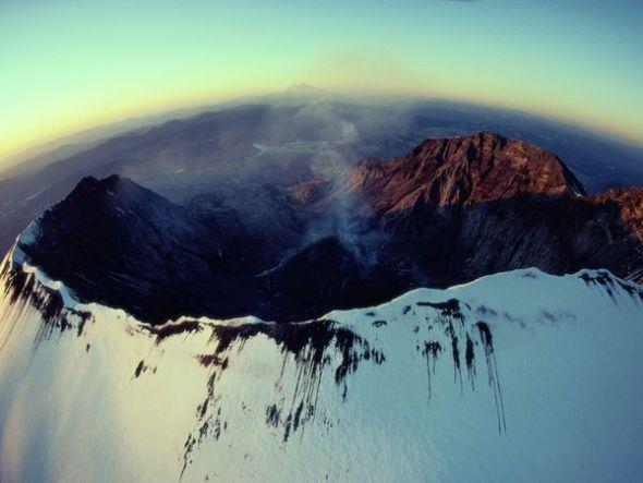 圣海伦斯火山喷发后景象