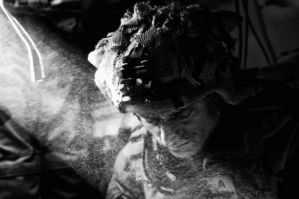 图片:2010年美国国家地理摄影大赛作品欣赏-堕落的天使