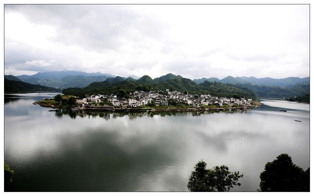 图片:2010中国十大最佳休闲城市-黄山