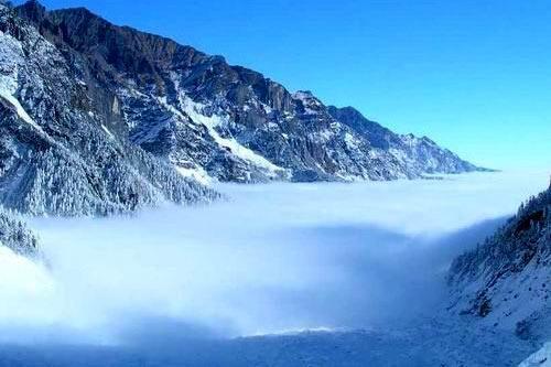 四川海螺沟冰川