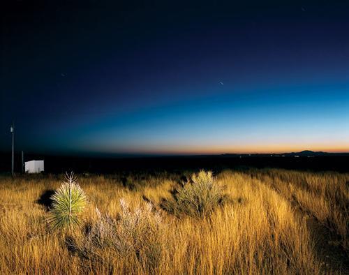 Marfa:德克萨其夜空中的日光